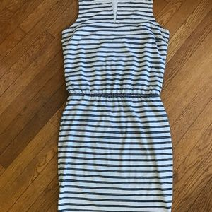 Athleta sleeveless dress